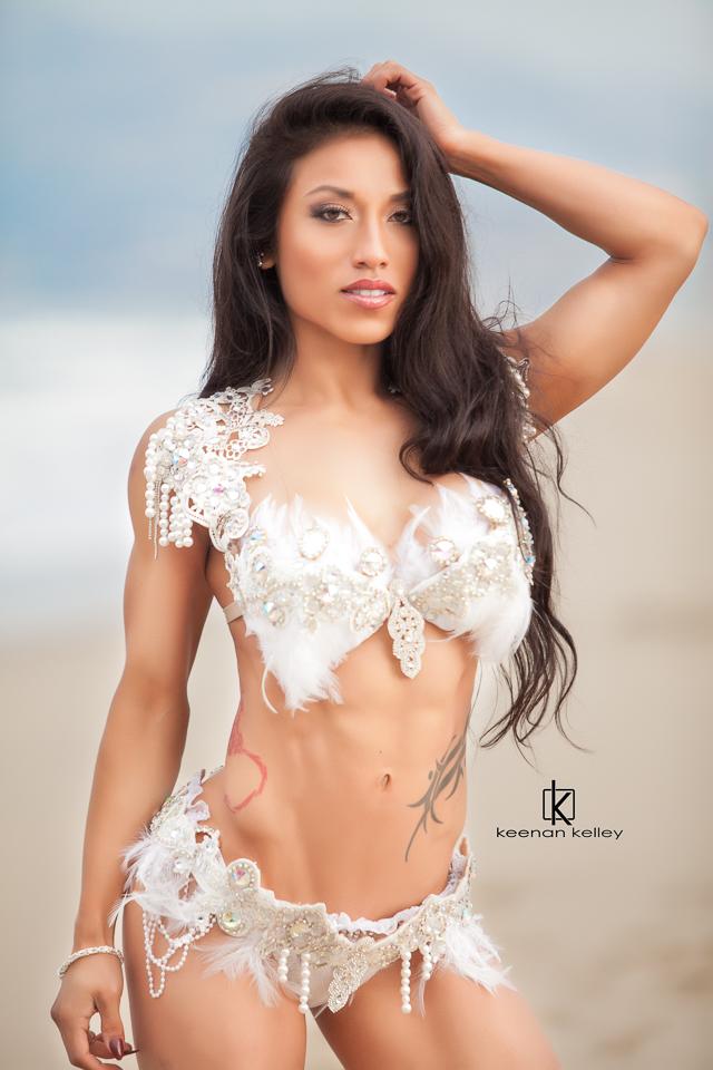 Ari Hernandez WBFF LA-2040